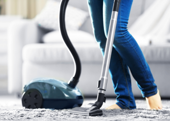 12 Best Vacuum Cleaners Under $150 [Editors Pick] 2